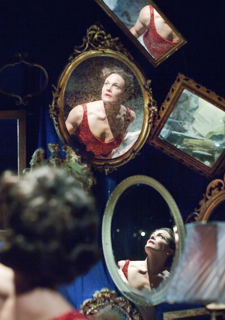 Jane Leaney (Dolores Grey). Photo Pari
