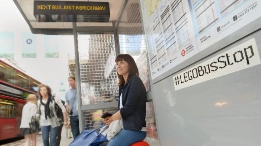 bus_stop_lego