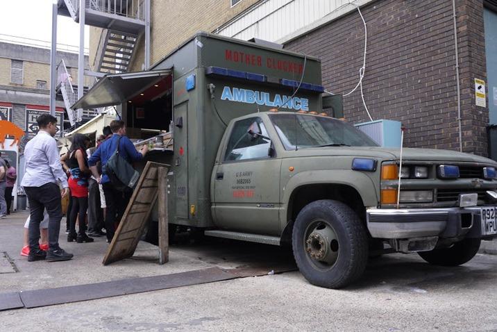 Wriggle-MotherClucker-truck