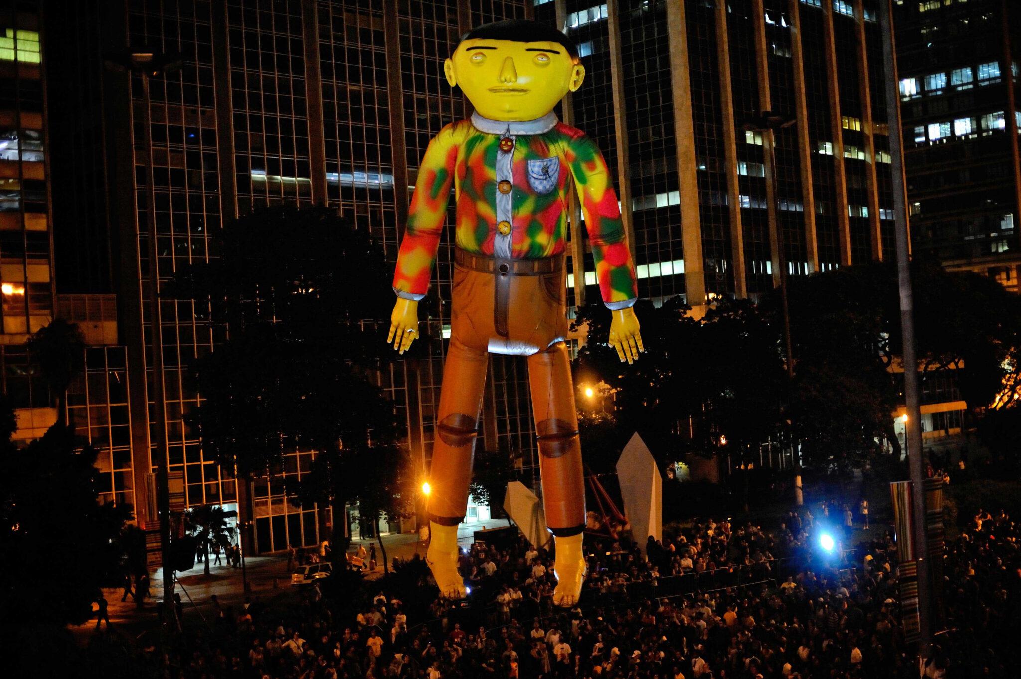 IMAGE 04 OSGEMEOS Giant 2009