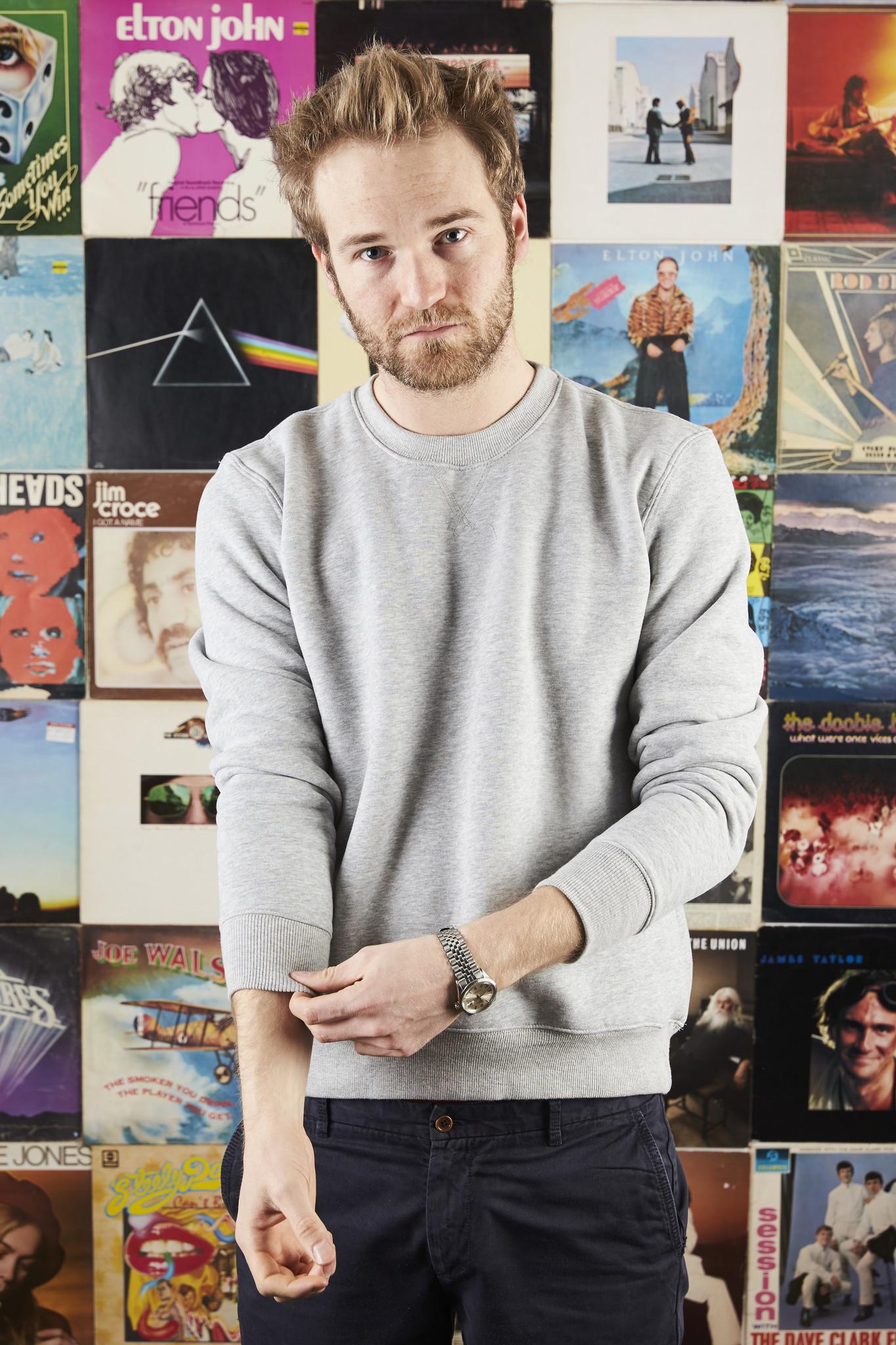 Tom_Cridland_30_Year_Sweatshirt_Grey_Seal_I
