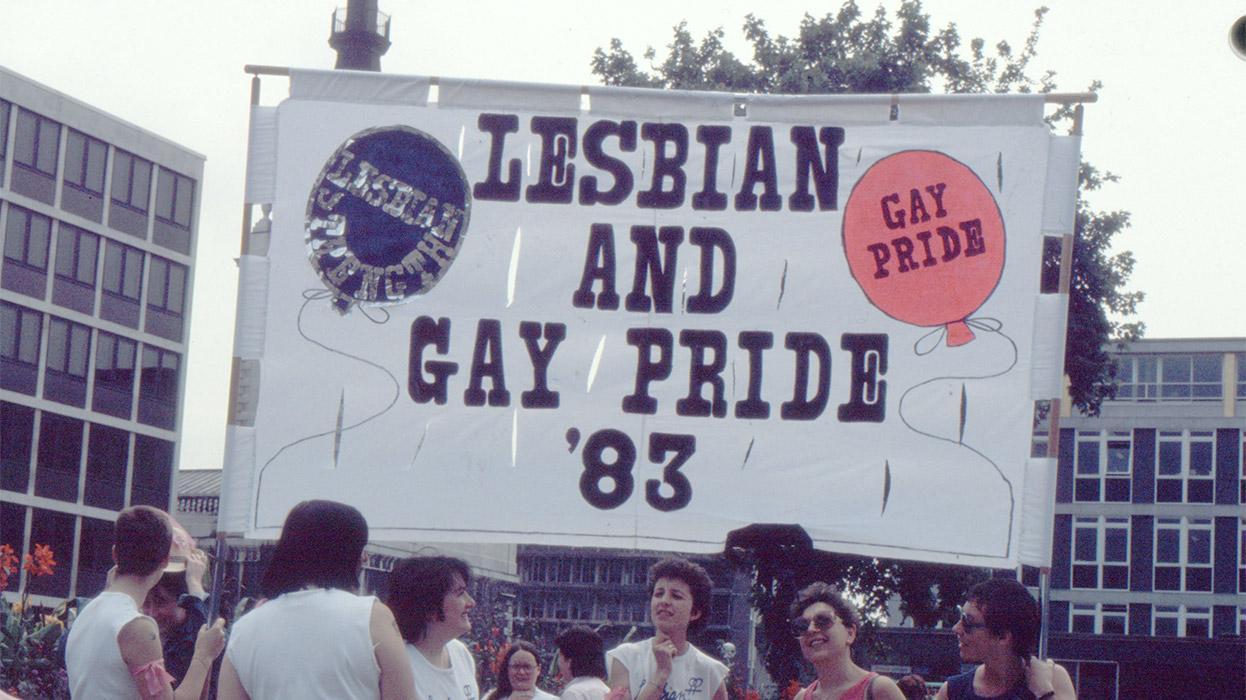 gaypride83