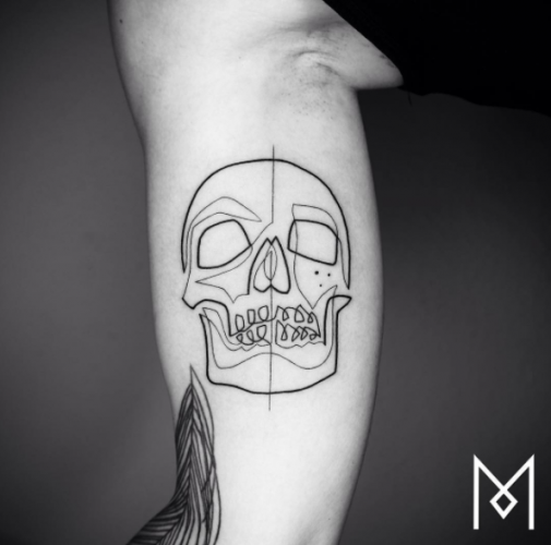 Artist Creates Tattoos By Using Only One Continuous Line