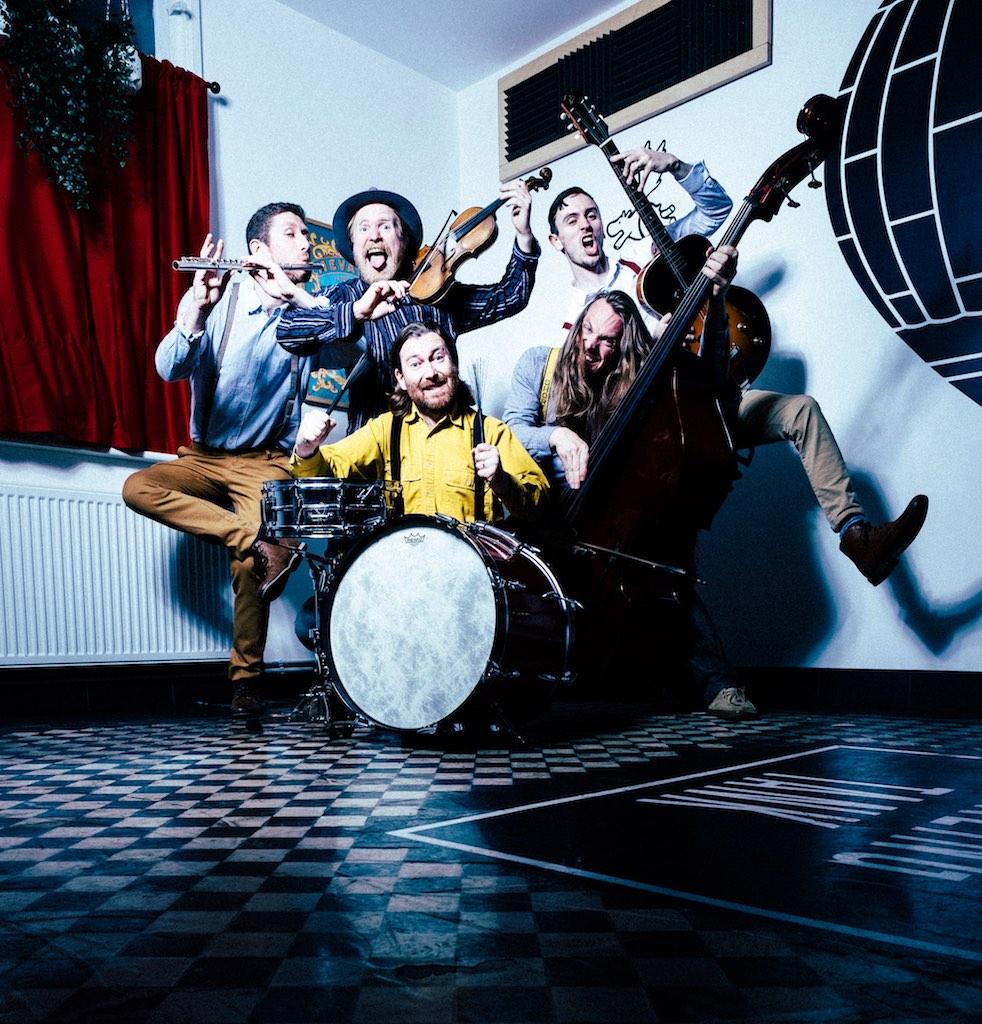 Sheelanagig - Foot Stomping Folk Music